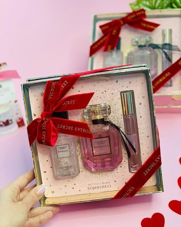 Подарочный набор от Victoria's Secret Bombshell