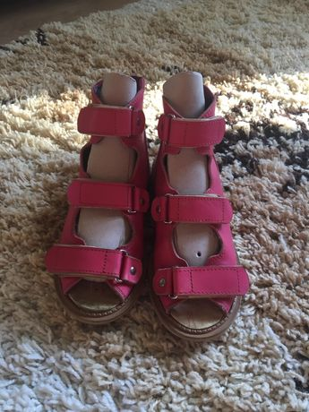 Детская ортопедическая обувь на лето. Обувь для девочки ортопедическая