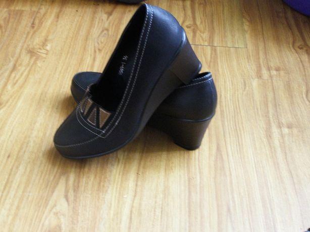 Новые туфли 36 р