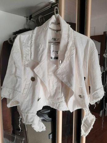 Стильная джинсовая куртка, белая, новая! Универсальный размер!