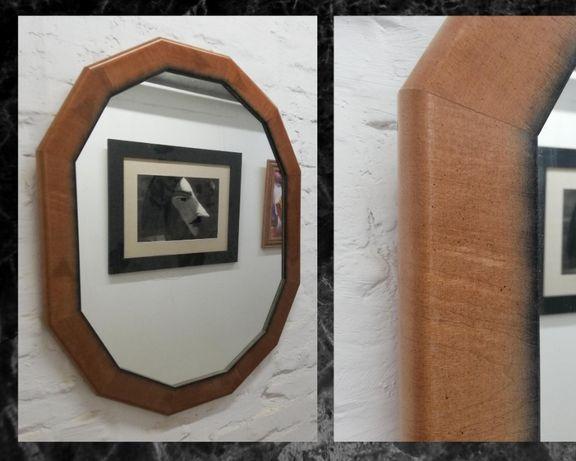 Зеркало настенное овальное в деревянной раме 75х88 см