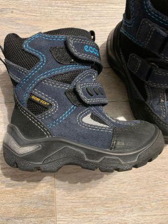 Продам новые детские зимние ботинки Ecco 22р.