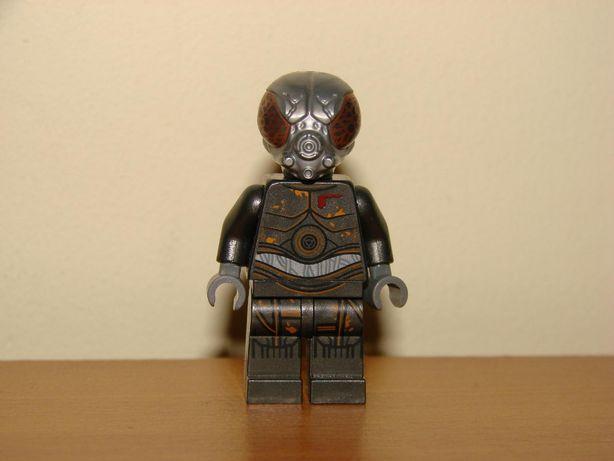 Figurka Lego NOWA Star Wars droid 4-Lom