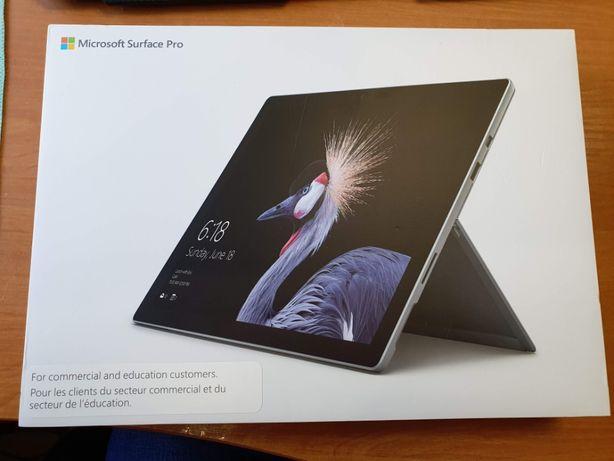 Microsoft Surface Pro 2017 Intel Core i5 256GB (8GB RAM)