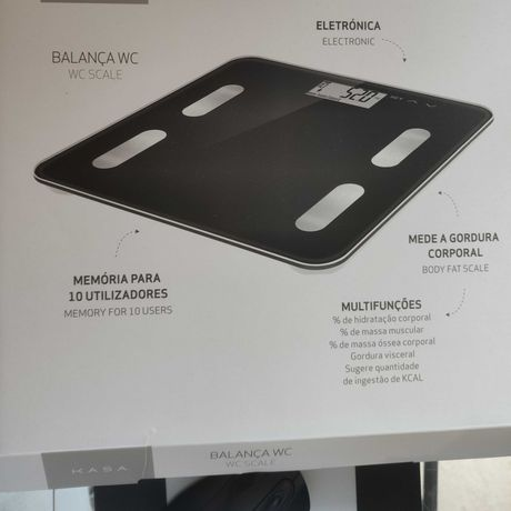 Balança digital preta