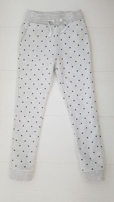 H&M spodnie 116 dresowe w kropki