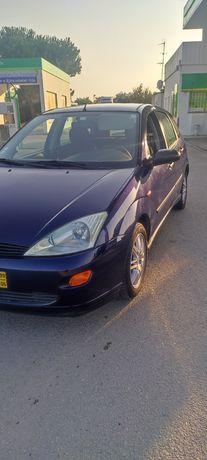 Ford Focus MK1 1999 1.6 gasolina bom estado