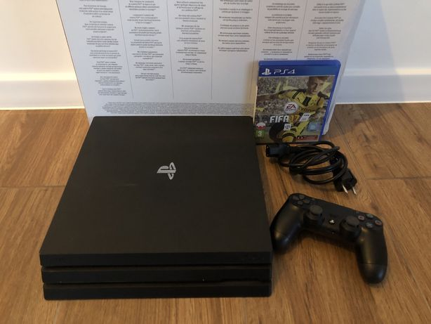 Konsola PS4 PRO 1TB