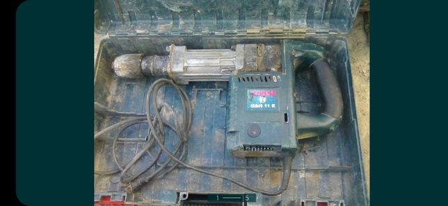 Продам отбойный молоток Bosch 11 на запчасти или востоновление