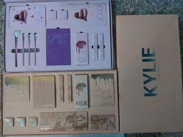 Большой набор Кайли подарочный помада,крем,тени,кисти Kylie
