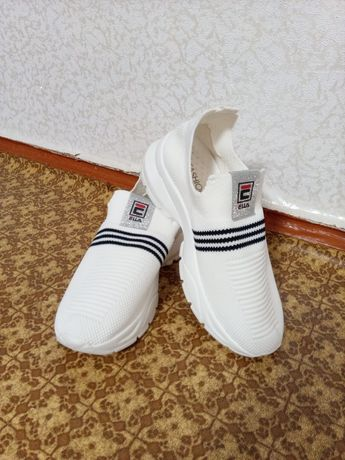 Белые кроссовки fila, Фила, летние кроссовки, 40р, 25,5 см, в сеточку