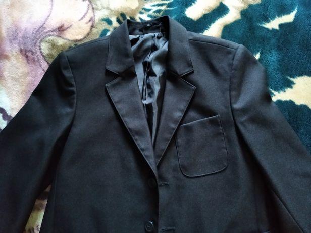 Пиджак Next в идеальном состоянии 10Y 140 см