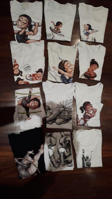 LOTE de 3 T shirts  - Tam. 5/7