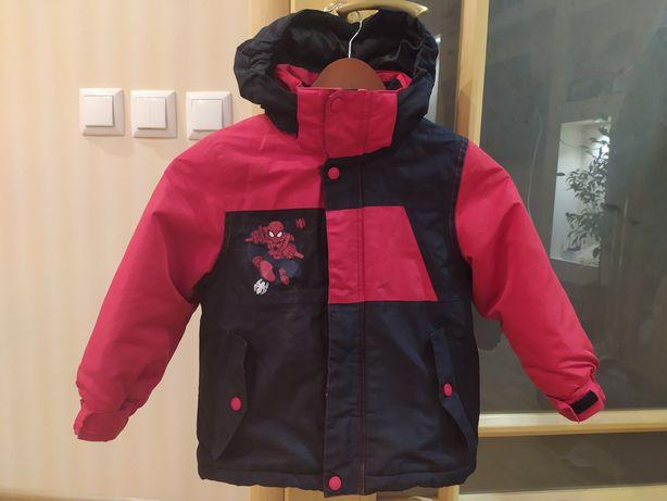 Куртка на холодную осень на 5-6 лет, Марвел