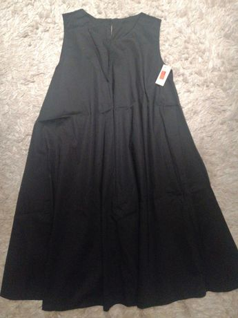 Czarna sukienka wow