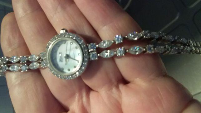 Серебрянные часы Ника подснежник