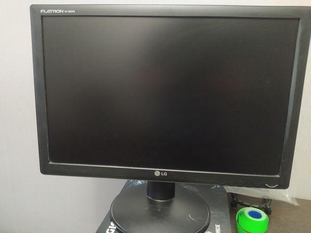 """Монитор 19"""" 1440x900"""