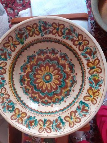 Большое керамическое блюдо