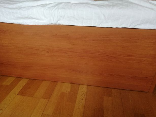 Vendo cama em ótima condição
