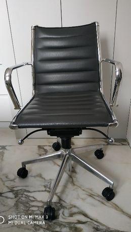 Krzesło konferencyjne Light przez Luxy Sitland SKÓRA fotel biurowy