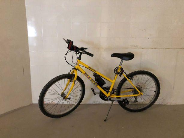 Bicicleta Usada Amarela