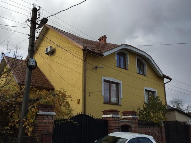 Продаж будинку,хати