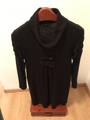 Vestido casual preto com dois laços à frente da cintura