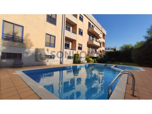 Apartamento T3+1 Duplex a 800 metros Praia Francelos, ins...
