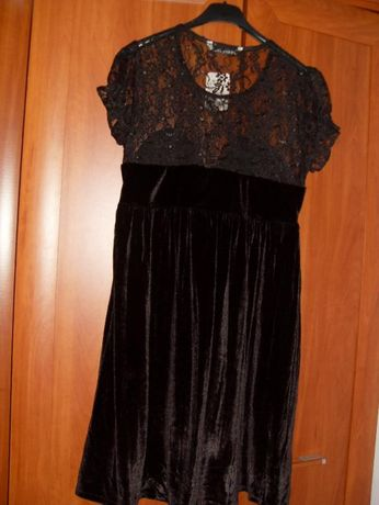 Nowa! Czarna sukienka z koronkową wstawką rozm.M