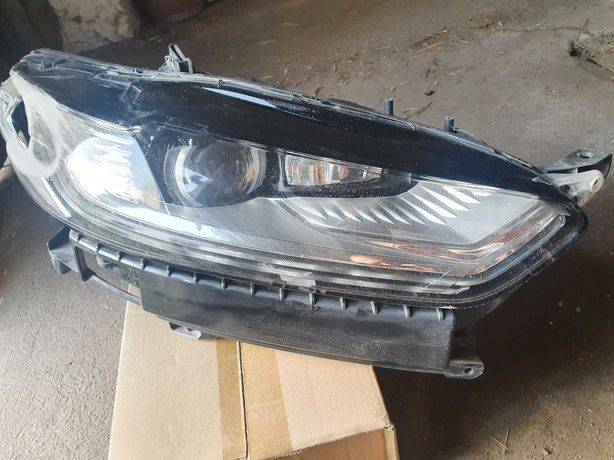 Фара правая Ford Mondeo 5 2015 Full Led