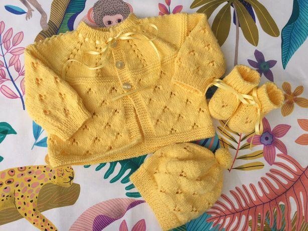 Conjuntos de tricot para bebé