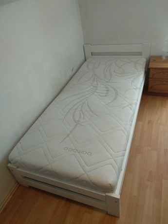 Łóżko 200x90 JYSK materac + rama + stelaż, jak NOWE!!
