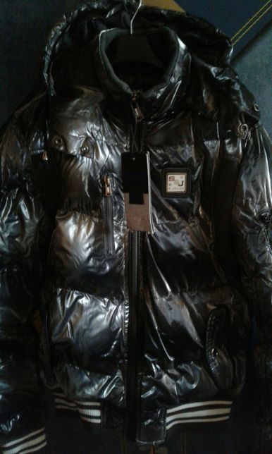 АКЦИЯ.НОВАЯ.Теплая курточка (Италия)