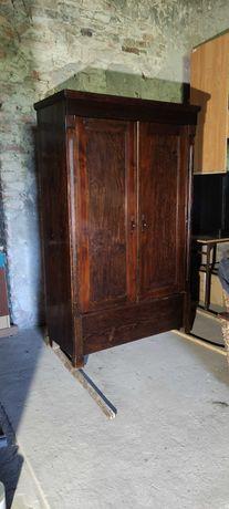 Stara szafa przedwojenna