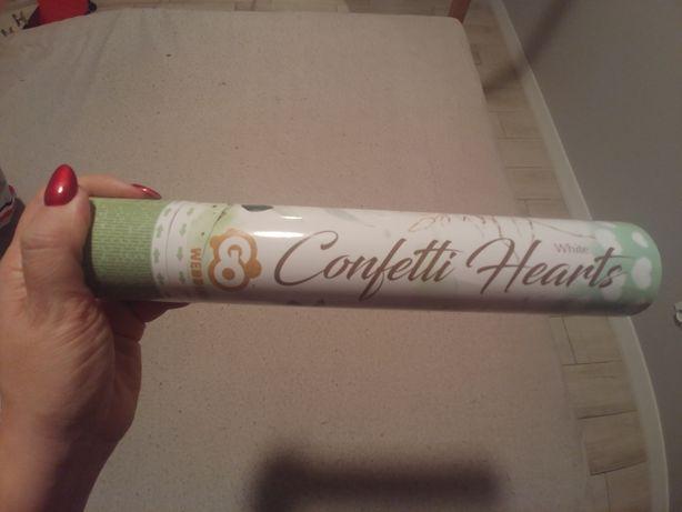Confetti w kształcie serca ślub weselne sesja zdjęciowa