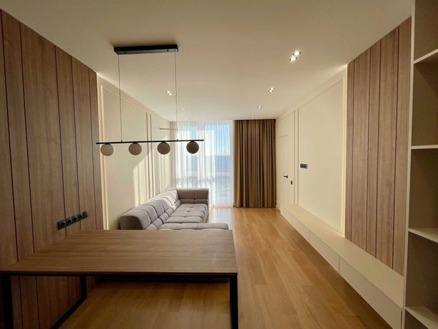 Продам новую квартиру ЖК Славутич с дизайнерским ремонтом