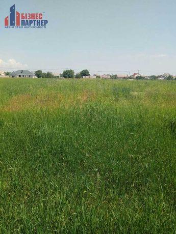 Земельна ділянка, площею 13.5 сот, в с. Червона Слобода
