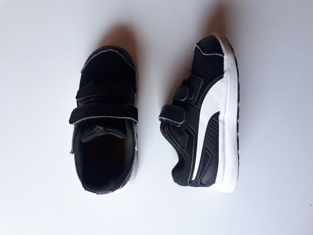 Buty sportowe Puma 25 26 czarne białe adidasy