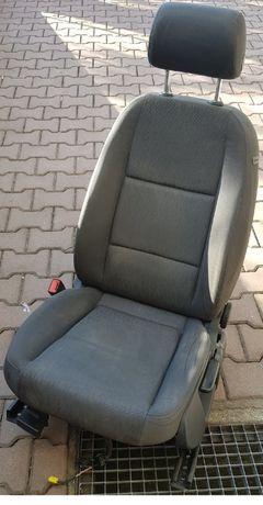 Fotel przedni siedzenie kierowcy lewy Audi A4 B6 super stan Kraków !!!