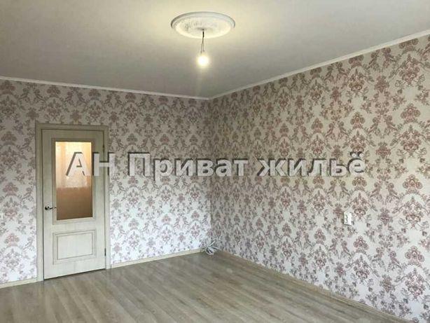 Продается 2-комнатная квартира в новострое на Браилках.