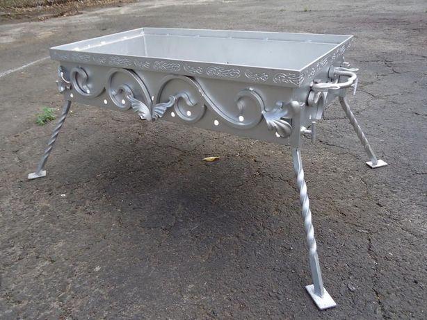 Кованый мангал продам 65*35*40 товщина металу 2мм.