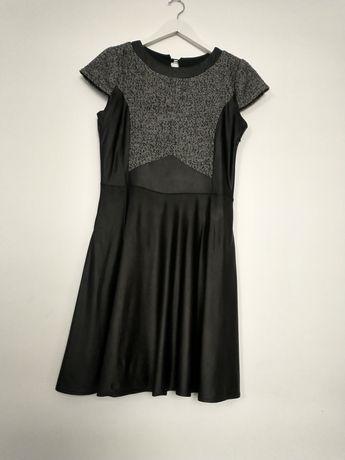 Czarna skórzana sukienka