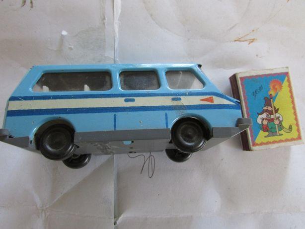 Машинка металева з СРСР.