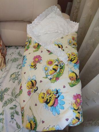 Одеяло-конверт (в коляску, кроватку) на липучках.