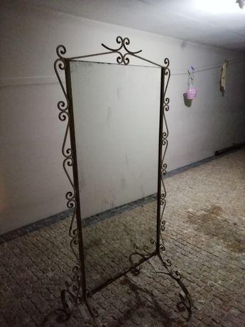 Espelho de pé vintage para restauro