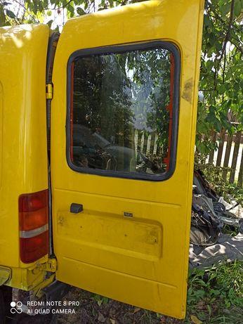Двери Форд курьер 97-01г.в