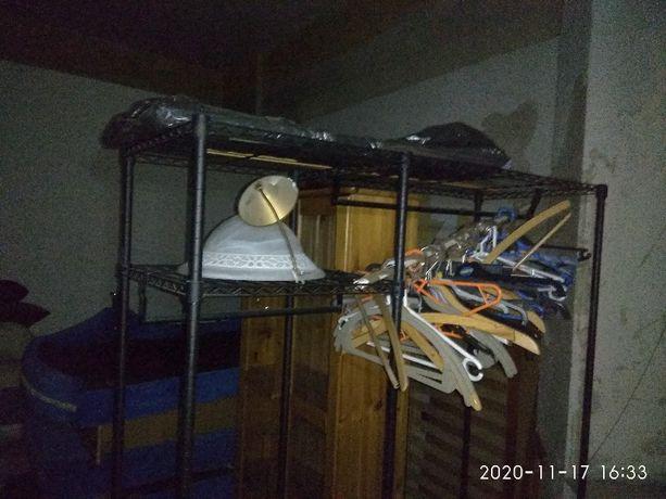 Solidna i mocna metalowa garderoba stojąca wieszak szafa
