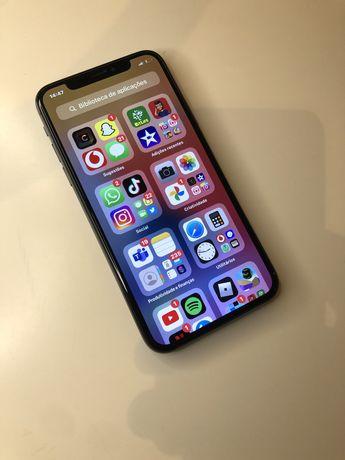 iPhone X 64GB Preto