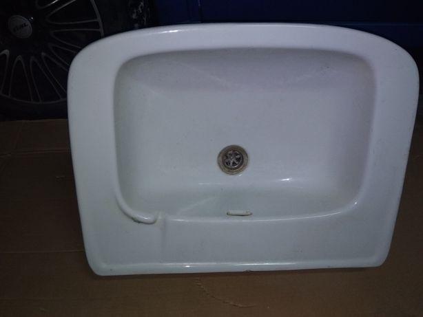 Sprzedam umywalkę