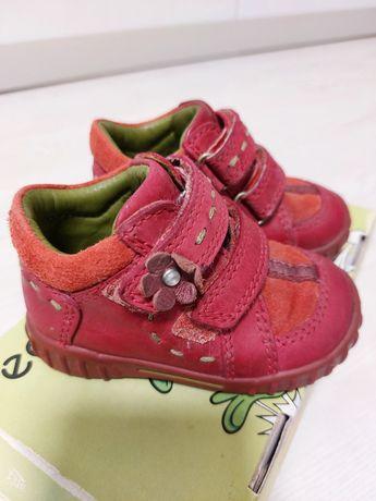 Демисезонные ботиночки Ессо размер 19
